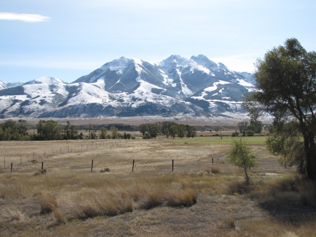 Absaroka Range in the Gallatin Forest - Emigrant Peak