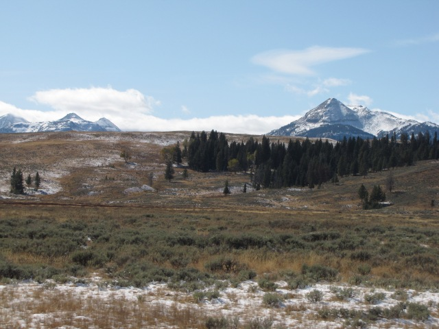 Quadrant Mountains and Electric Peak