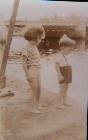 Mokihana and Kaniela at Ala Wai Yacht Harbor 1944